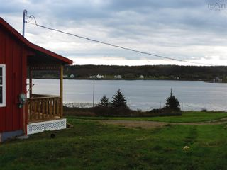Photo 4: 111 Water Street in Freeport: 401-Digby County Residential for sale (Annapolis Valley)  : MLS®# 202125331