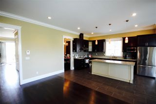 Photo 9: 7800 GILLEY Avenue in Burnaby: South Slope House for sale (Burnaby South)  : MLS®# R2088845