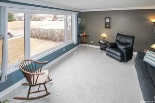 Photo 3: 294 Burke Crescent in Swift Current: South West SC Residential for sale : MLS®# SK849988