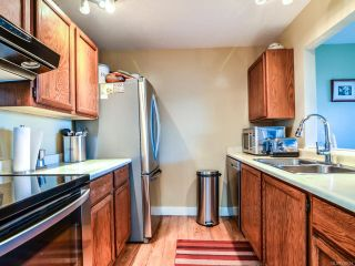 Photo 2: 204 894 S ISLAND S Highway in CAMPBELL RIVER: CR Willow Point Condo for sale (Campbell River)  : MLS®# 756654