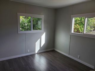 Photo 5: 13 151 Cooper Rd in : VR Glentana Manufactured Home for sale (View Royal)  : MLS®# 867573