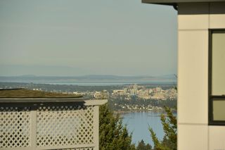 Photo 6: 3457 Vantage Pt in : Co Triangle House for sale (Colwood)  : MLS®# 884189