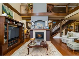 Photo 3: 8285 171A Street in Surrey: Fleetwood Tynehead House for sale : MLS®# R2235458