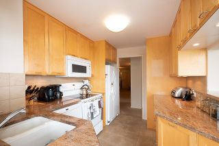 """Photo 14: 505 2135 ARGYLE Avenue in West Vancouver: Dundarave Condo for sale in """"THE CRESCENT"""" : MLS®# R2620347"""