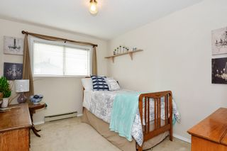 """Photo 12: 5445 185 Street in Surrey: Cloverdale BC House for sale in """"HUNTER PARK"""" (Cloverdale)  : MLS®# R2243893"""