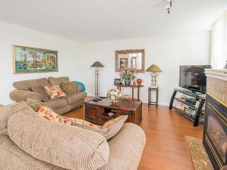 """Photo 3: 1340 7288 ACORN Avenue in Burnaby: Highgate Condo for sale in """"THE DUNHILL"""" (Burnaby South)  : MLS®# V993020"""