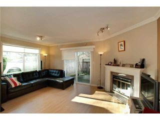 """Photo 2: 17 7171 BLUNDELL Road in Richmond: Brighouse South Townhouse for sale in """"PARC MERLIN"""" : MLS®# V922294"""