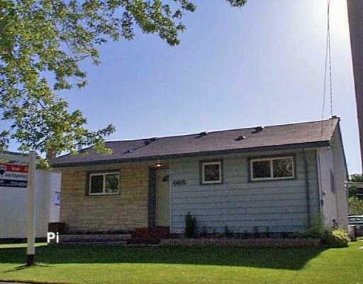 Main Photo: 668 VIMY Road in Winnipeg: Westwood / Crestview Single Family Detached for sale (West Winnipeg)  : MLS®# 2609356