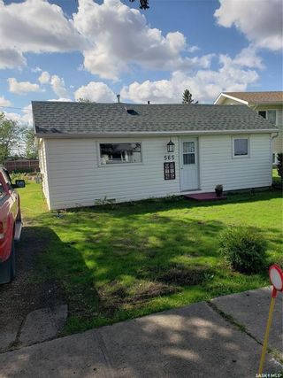 Photo 3: 565 1st Street North in Leask: Residential for sale : MLS®# SK868039