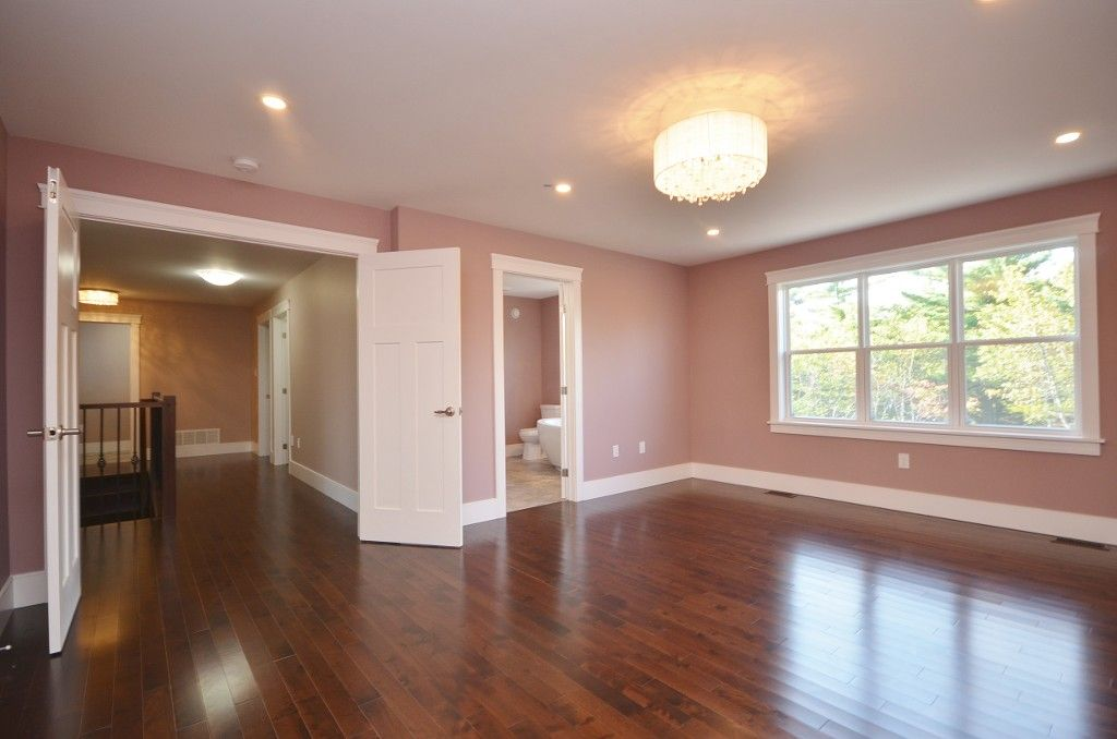 Photo 10: Photos: : Residential for sale