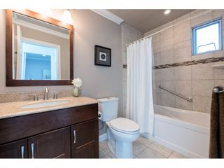 """Photo 17: 14843 MARINE Drive: White Rock Townhouse for sale in """"Marine Court"""" (South Surrey White Rock)  : MLS®# R2348568"""