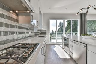 Photo 12: 1025 CHAMBERLAIN Drive in North Vancouver: Lynn Valley House for sale : MLS®# R2552130