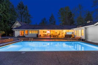 """Photo 5: 24388 46A Avenue in Langley: Salmon River House for sale in """"Strawberry Hills"""" : MLS®# R2574788"""