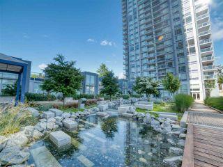 """Photo 15: 906 13750 100 Avenue in Surrey: Whalley Condo for sale in """"Park Avenue East"""" (North Surrey)  : MLS®# R2466560"""