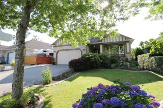 """Photo 1: 5119 223B Street in Langley: Murrayville House for sale in """"Hillcrest"""" : MLS®# R2389538"""