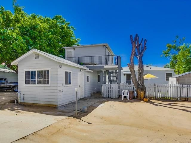 Main Photo: LAKESIDE House for sale : 2 bedrooms : 12710 Julian Ave.