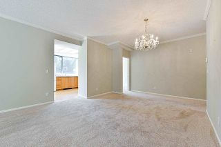"""Photo 17: 203 1705 MARTIN Drive in Surrey: Sunnyside Park Surrey Condo for sale in """"Southwynd"""" (South Surrey White Rock)  : MLS®# R2576884"""