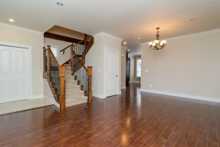 Photo 5: 6871 196 STREET in Surrey: Clayton House for sale (Cloverdale)  : MLS®# R2132782