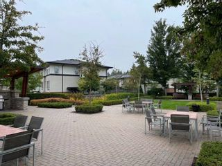 """Photo 3: 96 1125 KENSAL Place in Coquitlam: New Horizons Townhouse for sale in """"KENSAL WALK"""" : MLS®# R2617471"""