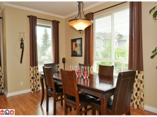 """Photo 3: 50 16789 60TH Avenue in Surrey: Cloverdale BC Townhouse for sale in """"Laredo"""" (Cloverdale)  : MLS®# F1014213"""