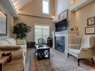 Photo 2: 907 1400 Lynburne Pl in : La Bear Mountain Condo for sale (Langford)  : MLS®# 869415