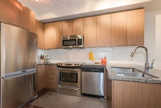 "Photo 5: 311 2008 E 54TH Avenue in Vancouver: Fraserview VE Condo for sale in ""CEDAR 54"" (Vancouver East)  : MLS®# R2232716"