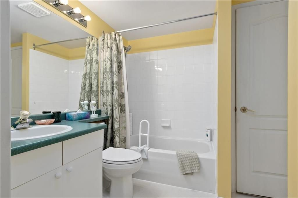 Photo 14: Photos: 302 687 Warde Avenue in Winnipeg: River Park South Condominium for sale (2F)  : MLS®# 202115260