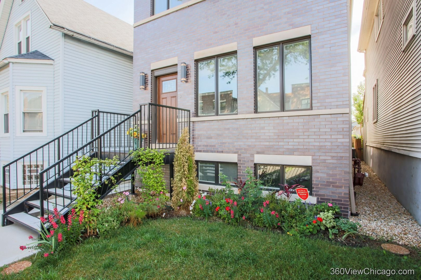 Photo 3: Photos: 1733 Troy Street in Chicago: CHI - Humboldt Park Residential for sale ()  : MLS®# 10911567