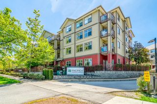 """Photo 1: 102 2511 KING GEORGE Boulevard in Surrey: King George Corridor Condo for sale in """"PACIFICA"""" (South Surrey White Rock)  : MLS®# R2368451"""