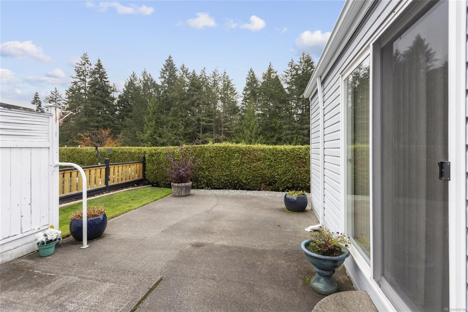 Photo 15: Photos: 1059 Collier Cres in : Na University District Manufactured Home for sale (Nanaimo)  : MLS®# 859156