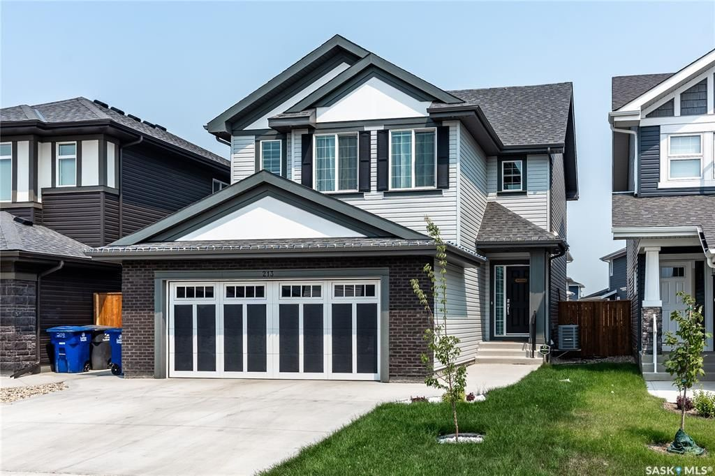 Main Photo: 213 Dubois Crescent in Saskatoon: Brighton Residential for sale : MLS®# SK864404