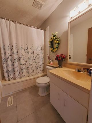 Photo 35: 10 Radcliffe Crescent SE in Calgary: Albert Park/Radisson Heights Detached for sale : MLS®# A1121871