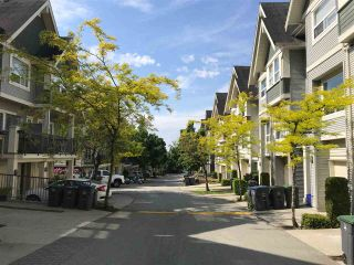 """Photo 2: 40 15065 58 Avenue in Surrey: Sullivan Station Townhouse for sale in """"Springhill"""" : MLS®# R2273163"""