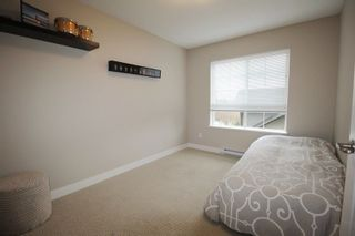 """Photo 9: 19 21867 50 Avenue in Langley: Murrayville Townhouse for sale in """"Winchester"""" : MLS®# R2256896"""