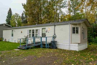 Photo 1: 7255 ALDEEN Road in Prince George: Lafreniere Manufactured Home for sale (PG City South (Zone 74))  : MLS®# R2408476