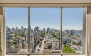 """Photo 14: 2105 1251 CARDERO Street in Vancouver: West End VW Condo for sale in """"THE SURFCREST"""" (Vancouver West)  : MLS®# R2190584"""