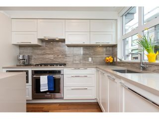 """Photo 4: 14 14820 BUENA VISTA Avenue: White Rock Townhouse for sale in """"Newport at Westbeach"""" (South Surrey White Rock)  : MLS®# R2546799"""