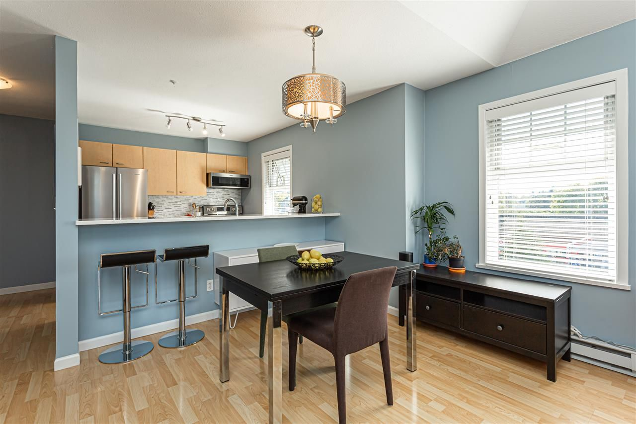 """Main Photo: PH 11 1011 W KING EDWARD Avenue in Vancouver: Cambie Condo for sale in """"Lord Shaugnessy"""" (Vancouver West)  : MLS®# R2503603"""