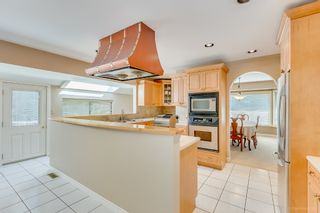 """Photo 10: 8217 WOODLAKE Court in Burnaby: Government Road House for sale in """"GOVERNMENT ROAD AREA"""" (Burnaby North)  : MLS®# R2159294"""