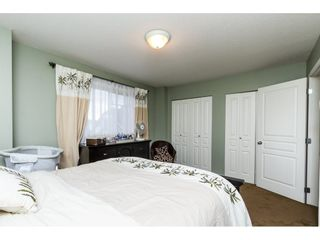 """Photo 12: 13 18707 65 Avenue in Surrey: Cloverdale BC Townhouse for sale in """"THE LEGENDS"""" (Cloverdale)  : MLS®# R2087422"""