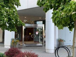 """Photo 13: 603 1099 MARINASIDE Crescent in Vancouver: Yaletown Condo for sale in """"Marinaside Resort"""" (Vancouver West)  : MLS®# R2580994"""