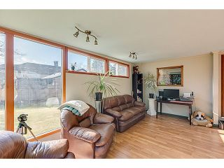 """Photo 4: 41550 GOVERNMENT Road in Squamish: Brackendale House for sale in """"BRACKENDALE"""" : MLS®# V1051640"""