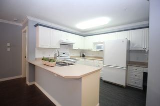"""Photo 5: 116 22150 48 Avenue in Langley: Murrayville Condo for sale in """"Eaglecrest"""" : MLS®# R2421515"""