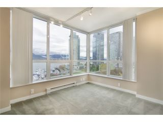 """Photo 8: 702 588 BROUGHTON Street in Vancouver: Coal Harbour Condo for sale in """"HARBOURSIDE PARK"""" (Vancouver West)  : MLS®# V978566"""