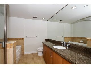 """Photo 13: 1404 1483 W 7TH Avenue in Vancouver: Fairview VW Condo for sale in """"VERONA OF PORTICO"""" (Vancouver West)  : MLS®# V1082596"""