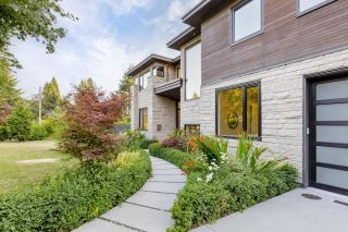 Photo 34: 3885 SUNSET Boulevard in North Vancouver: Edgemont House for sale : MLS®# R2617512