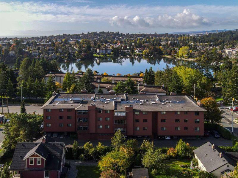 FEATURED LISTING: 206 - 150 Gorge Rd West Saanich
