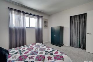 Photo 12: 222 Witney Avenue South in Saskatoon: Meadowgreen Residential for sale : MLS®# SK840959
