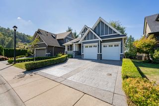 """Photo 2: 15 3800 GOLF COURSE Drive in Abbotsford: Abbotsford East House for sale in """"Ledgeview Estates"""" : MLS®# R2613568"""