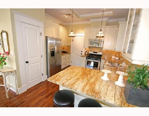 Photo 6: Photos: 3530 W 5TH Avenue in Vancouver: Kitsilano 1/2 Duplex for sale (Vancouver West)  : MLS®# V701973